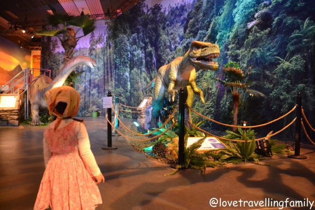 Dino World München Love travelling family