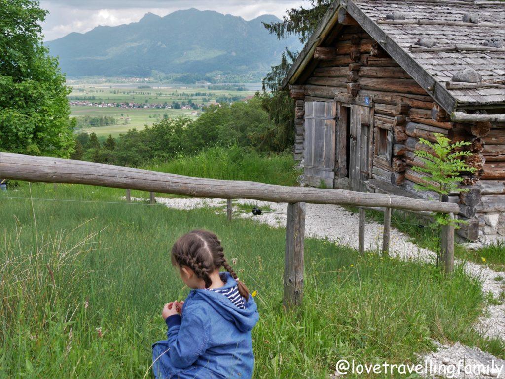 Freilichtmuseum Glentleiten Bayern mit Kind Love travelling family