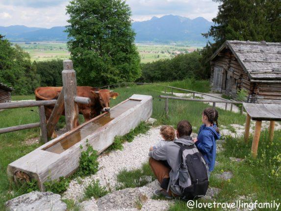 Freilichtmuseum Glentleiten Bayern mit Kind. Love travelling family