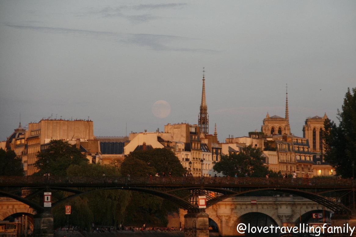 Seine River, Sunset in Paris